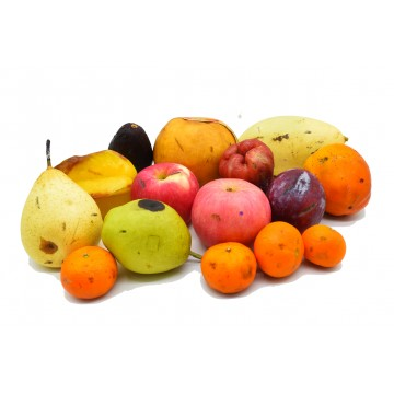 Defective Fruits Clearance Package - 2.5 kg
